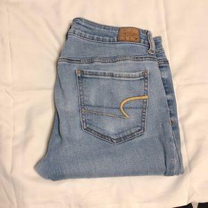 American Eagle Light Wash Jegging Jeans